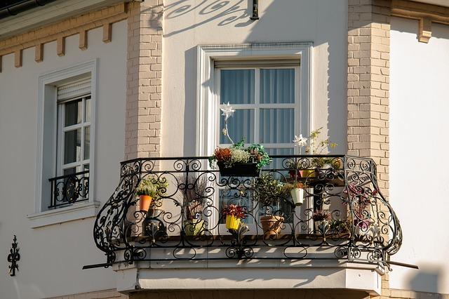 balcony decor billede